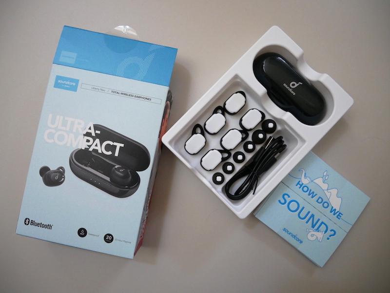 SoundCore Liberty Neo 第2世代の箱と本体
